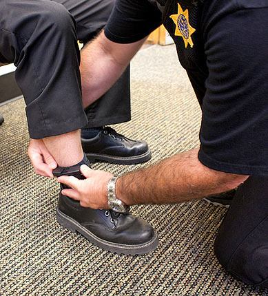 electronic monitoring Programs : electronic monitoring glory house has, since 1991, been providing both accountability and programming to adults and juveniles through the use of electronic monitoring (em.